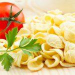 Orecchiette con croste di Parmigiano e pomodorini